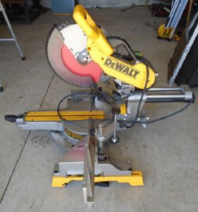 Dewalt DWS782 12 inch compound Mitre Saw